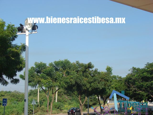 https://www.bienesraicestibesa.com/property/24/land-on-sale-oscar-perez-escoboza-mazatlan